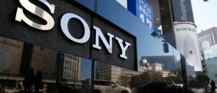 Sony, MRW-S3'ün dünyadaki en hızlı SD kart okuyucu ve USB hub olduğunu iddia ediyor